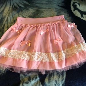 Pink skirt with bows